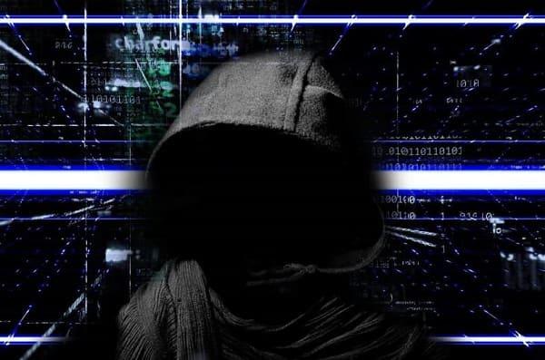 Para que são usados exploits e com que intenções são usados
