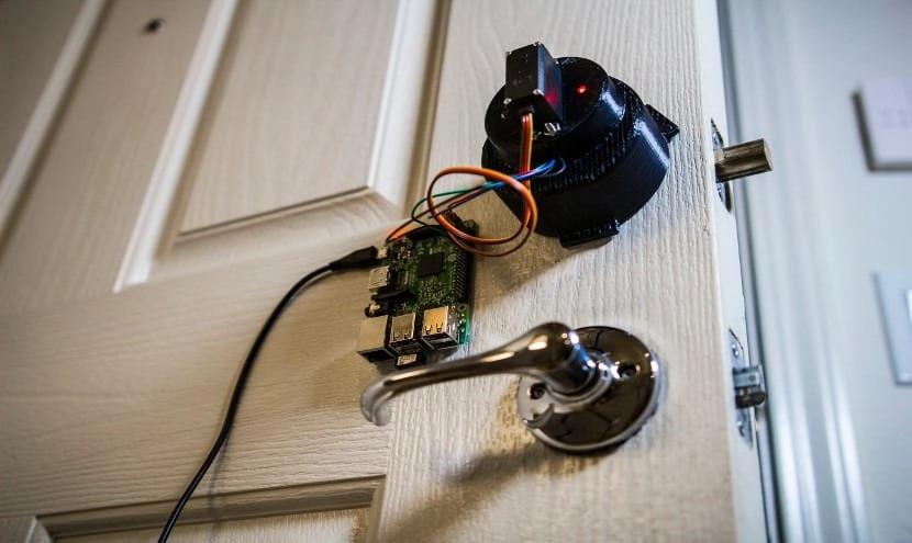 Segurança automatizada de uma casa inteligente com Arduino