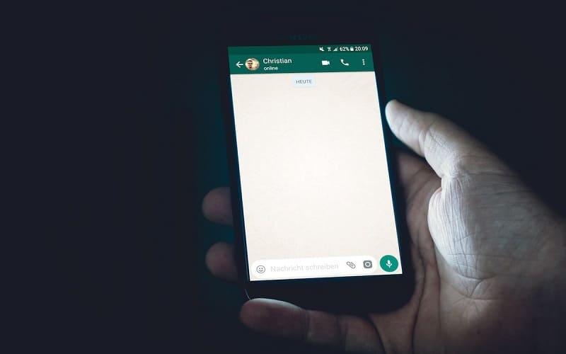 como colocar impressão digital no whatsapp