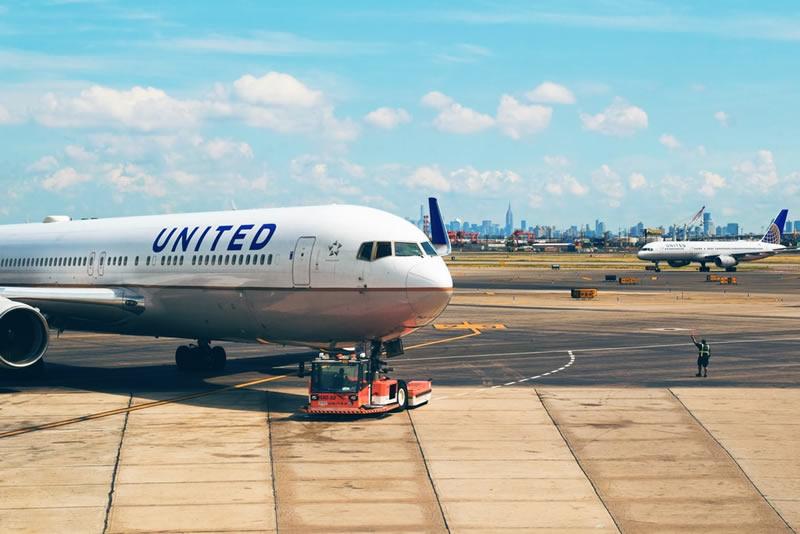 economizar na compra das passagens aéreas